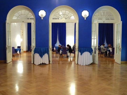 Stanislawski-Musiktheater, Nebenräume der Bar