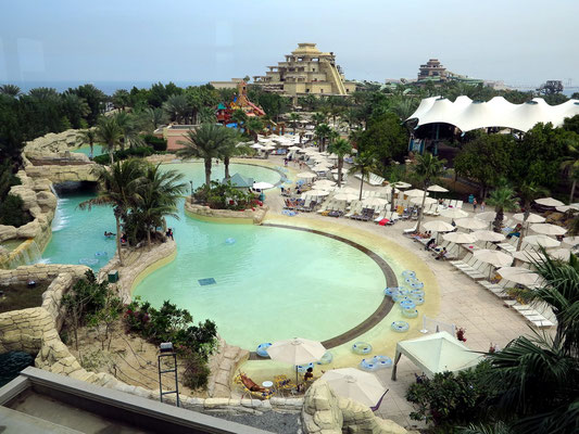 Aquaventure Beach auf The Palm Jumeirah