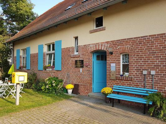 Neulietzegöricke 78. Ehemalige Schule mit Lehrerwohnung und Stall, heute Gemeindehaus