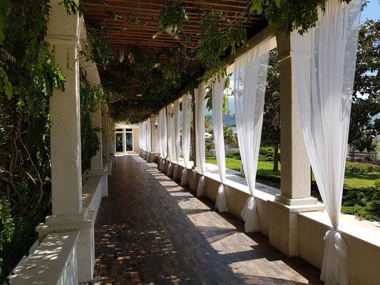 Im Garten des Hotels Splendid