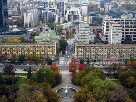 Blick von der Aussichtsplattform des Kulturpalastes nach NNW: Park Świętokrzyski