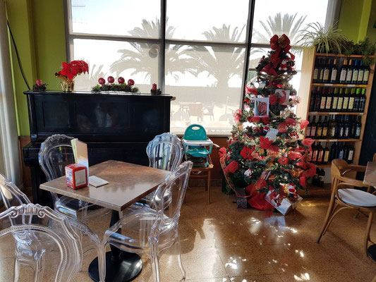 In der Cafetería El Time