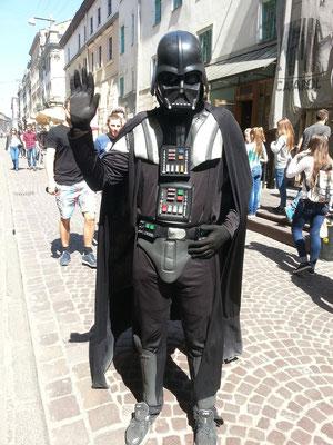 Darth Vader aus dem Helden-Filmopus Star Wars (Krieg der Sterne)