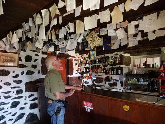Bar in Fajã da Caldeira de Santo Cristo