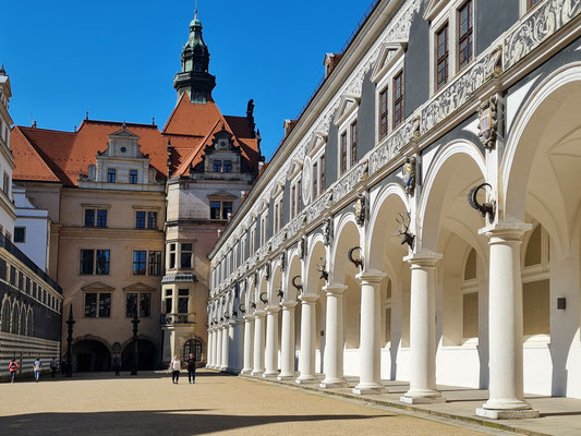 Stallhof, gehört zum Baukomplex des Residenzschlosses und diente als Schauplatz für große Reitturniere