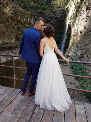 Hochzeitspaar am Leghvtakhevi Wasserfall