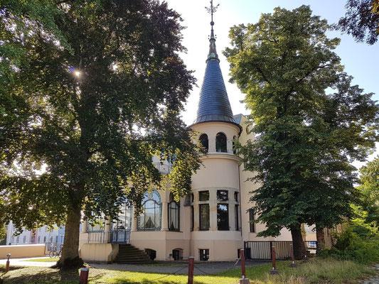 Bebauung Heilbronner Str. 19 (heute Rechtsanwaltskanzlei)