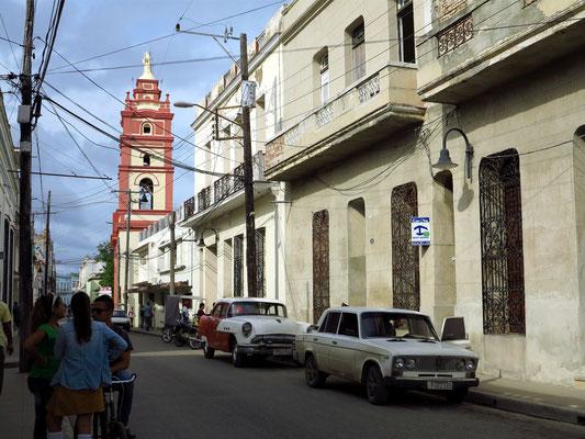 Camagüey, Hostal CasAlta (rechts), Blick auf die Iglesia Catedral de Nuestra Señora de la Candelaria