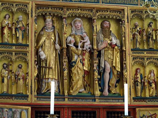 Der Altar (Ausschnitt) wurde vom Lübecker Bildhauer Bernt Notke geschnitzt und am Ostersonntag 1479 geweiht.