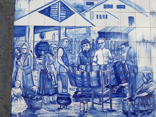 Keramiktafel-Gemälde (azulejo) beim Retaurant Açor