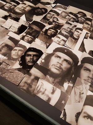 124 originale Abzüge von Che Guevara, hergestellt in der Dunkelkammer von José A. Figueroa, Havanna, ca. 1985-2000