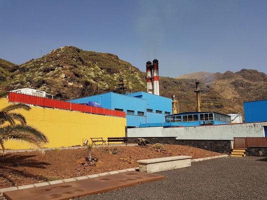 Elektrizitätswerk Los Guinchos (Breña Alta) von Santa Cruz auf Basis von Schweröl