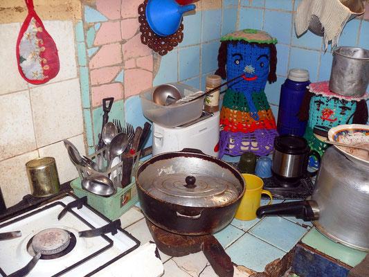 Küche in einem Haus der Gasse