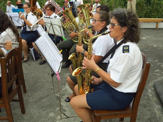 Dorffest in Salao, Altsaxophone und Tubas