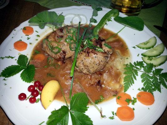 Franks Mittagessen: Pfälzische Leberknödel auf Sauerkraut