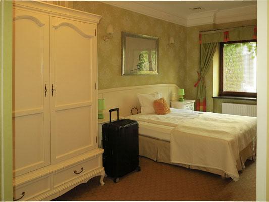 Deluxe Double/ Twin Room GREEN (ruhiges Zimmer zum Innenhof neben dem Frühstücksraum)