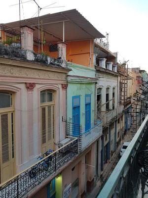 Blick vom Hotel nach S in die Calle Villegas