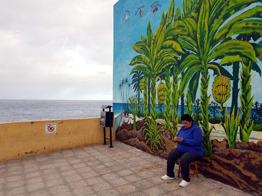 Fassadenmalerei in Punta Brava