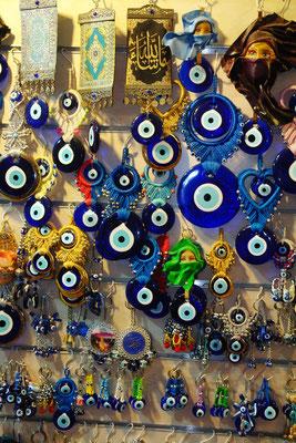Nazar-Amulette zur Abwendung des Bösen Blicks, Basar von Antalya