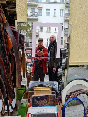 Bernd und Frank im Spiegel