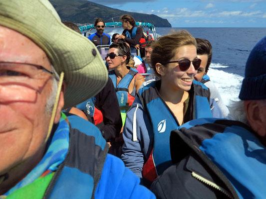 Rückfahrt mit dem Zodiac-Schlauchboot von Corvo nach Flores