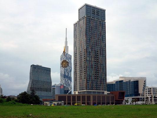 Moderne Wolkenkratzer in Batumi