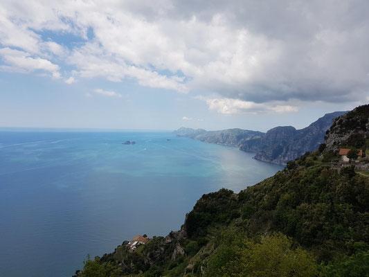 Auf dem Sentiero degli Dei, Blick in Richtung Positano und Capri