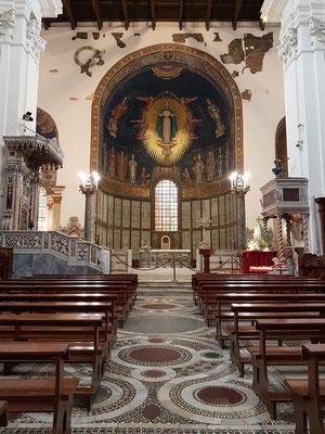 Kathedrale von Salerno, Kirchenschiff