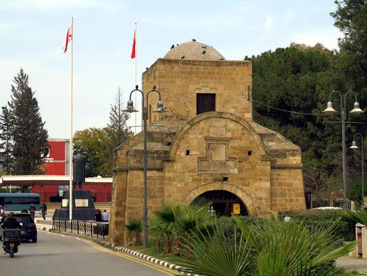 Kyrenia-Tor, das Eingangstor zur Altstadt