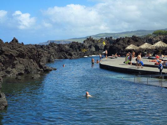Meeresschwimmbecken in Biscoitos (Piscinas Naturais Dos Biscoitos)