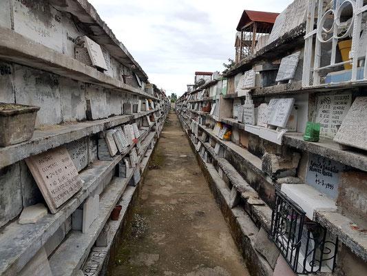 Camagüey, Friedhof in mehreren Etagen