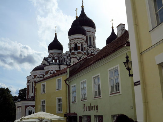 Blick zur Alexander-Newski-Kathedrale