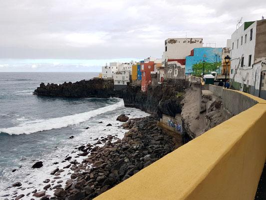 Hoch über den Klippen von Punta Brava