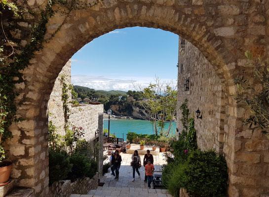 Spaziergang durch die Altstadt von Ulcinj