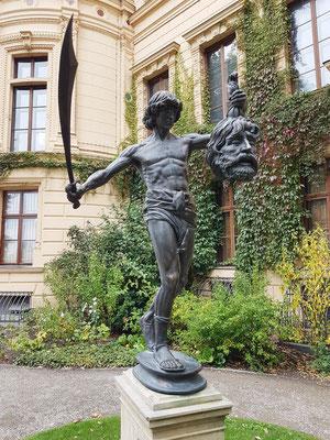 Unbekannter Künstler: David mit dem Haupt von Goliath, 1857, Neuguss 1997