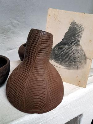 Trichter der Ureinwohner, Reproduktion nach alter Fotografie, Keramikwerkstatt von Ramón y Vina