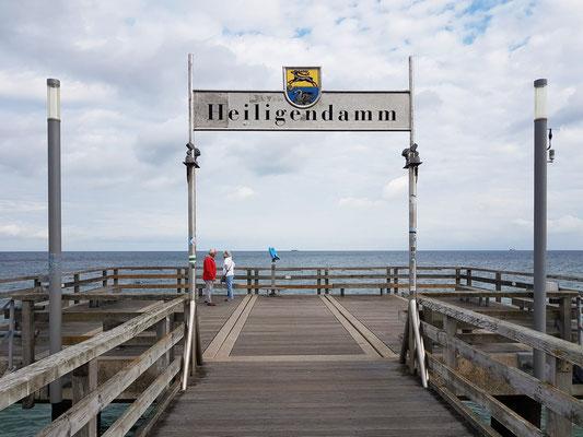 Blick von der Seebrücke Heiligendamm zur Ostsee