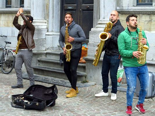 Saxophonquartett (Sopransax, Tenorsax, Baritonsax, Altsax)