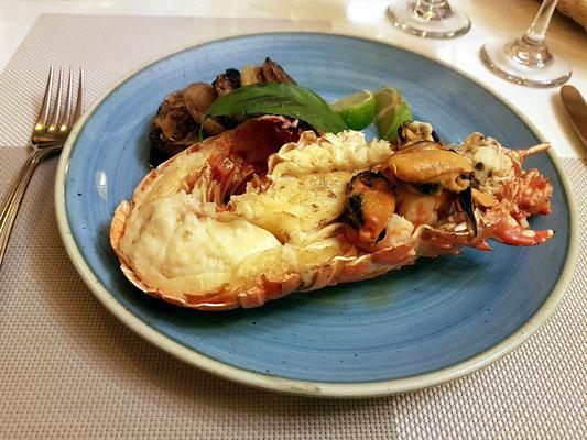 Hummer (engl. lobster, span. langosta)