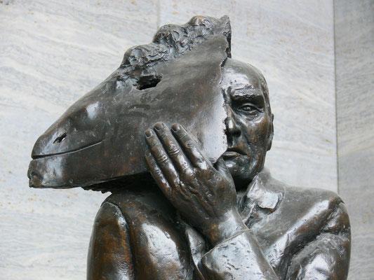 "Wolfgang Mattheuer: ""Gesichtzeigen"" (Detail)"