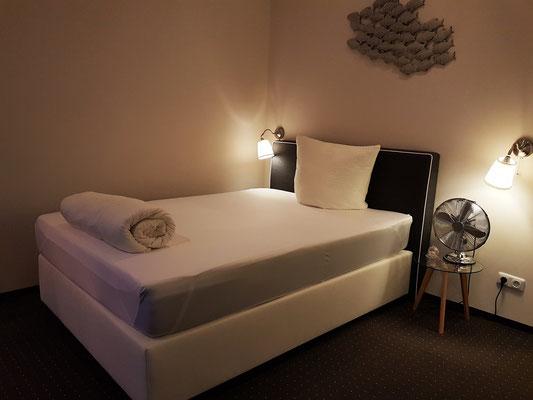 """Mein Zimmer im Gästehaus """"Zum weißen Haus"""""""