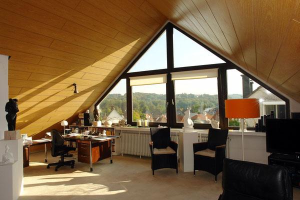 Studio mit Blick nach Leverkusen-Uppersberg