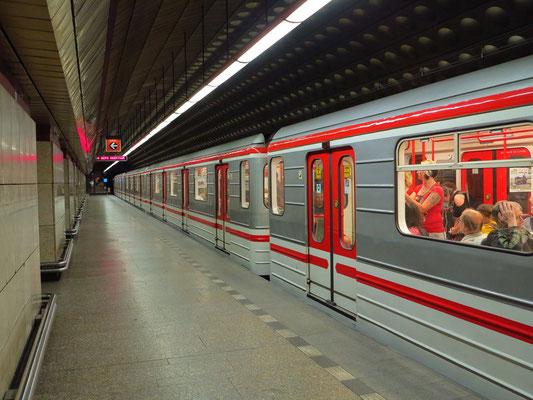 Metrostation Flora
