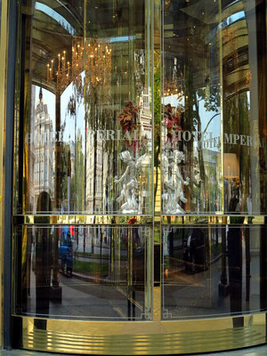 Eingangstüre zum Hotel Imperial