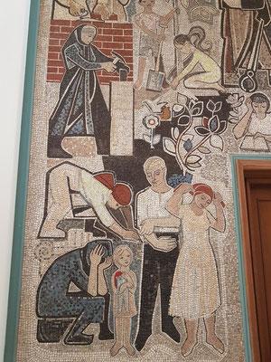 Wandmosaik (Detail) von Walter Womacka
