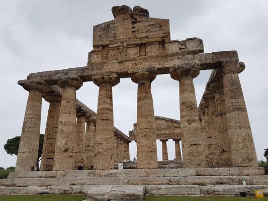 Paestum. Tempel der Athena (bekannt auch als Ceres-Tempel)