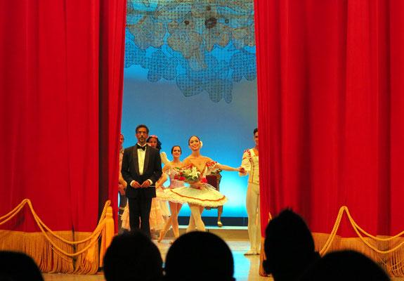 Primaballerina Claudia García und Dirigent Giovanni Duarte