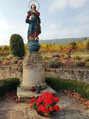 Statue der Madonna am Ortsausgang von St. Martin
