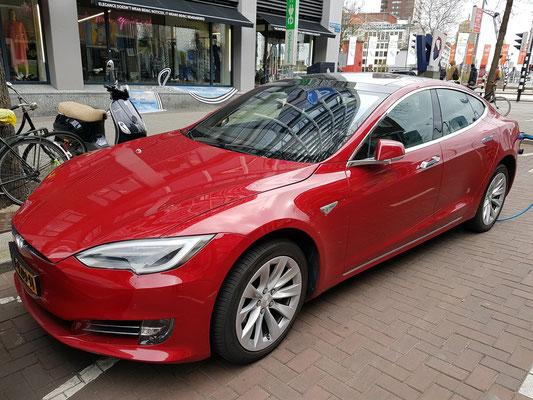 Tesla Model S, Limousine mit elektrischem Antrieb