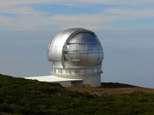 Kuppelbau des Gran Telescopio Canarias (Aufnahme von 2006)